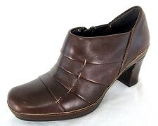 Clarks Artisan Booties Sz 6 Boots Dark Brown Leather Ankle Heel Pumps Shoes