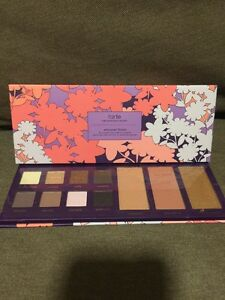 Tarte *Empower Flower* Amazonian Clay Collector's Palette. FREE BRUSH ❤️❤️❤️