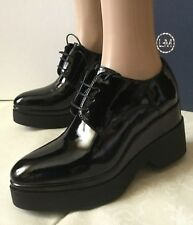 Beautiful shoes LORENZO MARI Woman, black color, size 39, patent leather  Scarpe