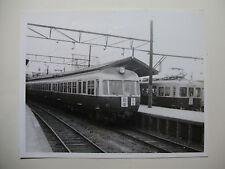 JAP555 - 1965 NAGOYA RAILWAY ~ TRAIN PHOTO Kanayama-Bashi Japan