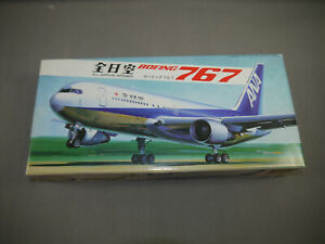 Hasegawa LC13 All Nippon Airways Boeing 767 Model Construction Set 1:200 F21