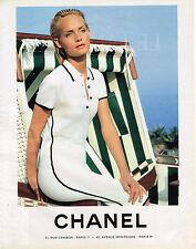 PUBLICITE ADVERTISING 045  1994  CHANEL  collection  robe de plage