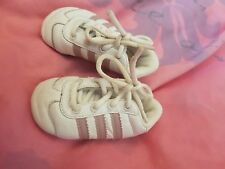 Adidas Gazelle baby girls' white & pink lace-up trainers