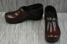 Sanita Professional Cabrio Clog, Women's Size 9/EU 40 Wide, Bordeaux NEW