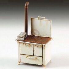 Royal Model 1/35 Vintage Kitchen Antique Wood Stove w/Stovepipe & Metal Box 802
