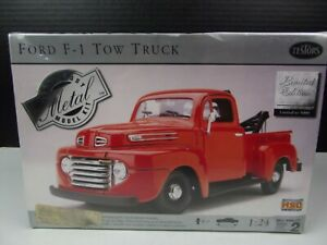 VTG 1999 Testors Ford F 1 Tow Truck Limited Edition 1-5000 Metal Body SEALED