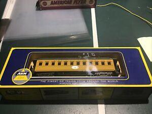 AHM Trains Ho V & T R R Oldtime Coach Car 6235 in Box