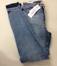 64# Guess Women's Slim Jeans Blue Size 26W- 31L