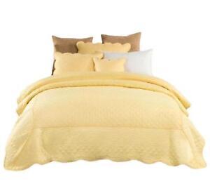 Tache Light Yellow Embroidery Matelasse Buttercup Elegant Coverlet Quilt Set