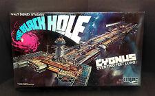 The BLACK HOLE CYGNUS Model Kit MPC Disney 1979 *NEW-Sealed* + (2) FREE Gifts