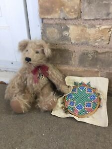 """Knickerbocker Mohair Teddy Bear 11"""" Bea 1670 Jointed Sewing Scissors Embroidery"""