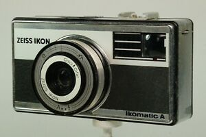 Vintage Zeiss Ikon Ikomatic A 126 Compact In Original Leather Case.  G.W.O.