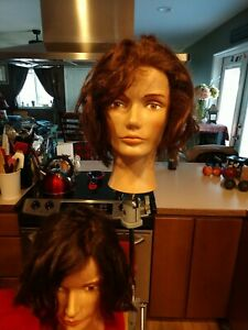 2 Lightly used pivot point mannequinWith 1 Clamp to hold your mannequin head
