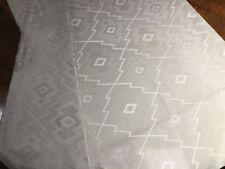 Remanente Xanadu interiores de tela a rayas en crema 1.50 metros, hecho en Inglaterra