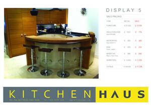 Ex Display Curved Kitchen