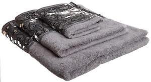 Decorative Modern 3 Piece Cotton Bath Towel Set Sequin Design Sinatra Silver