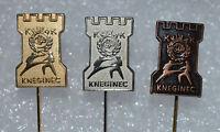 Karate Club Kula Kneginec Yugoslavia martial art vintage pin badges Anstecknadel