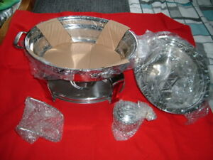 STAINLESS STEEL TRAMONTINA CHAFING DISH NEW AND UNUSED IDEAL Parties £37.95