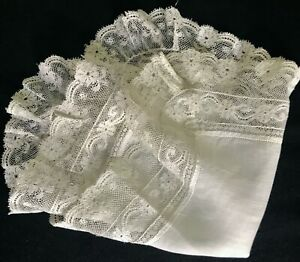 """Antique Victorian Valenciennes Lace Gorgeous White Handkerchief 11""""SQ"""
