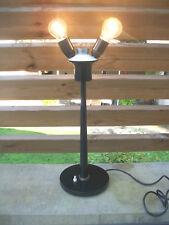 ANCIENNE  LAMPE double PIED MéTAL-DLG Jumo-DESIGN INDUSTRIEL 60-70-fonctionne