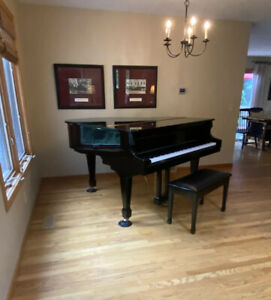 Baby Grand Piano, Samick Model SIG-50. Polished Ebony - Excellent!