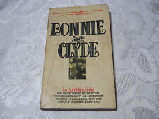 BONNIE AND CLYDE BY BURT HIRSCHFELD PAPERBACK 1960'S VINTAGE GANGSTER BOOK   T*