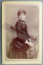 CDV PHOTO BERTHAULT ANGERS jeune femme avec panier fleuri robe faux cul F751