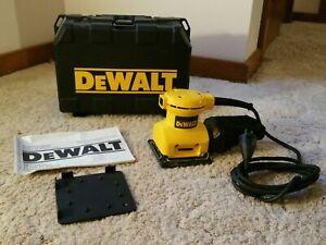 DeWalt DW411 Palm Grip Sheet Sander w/ Case, Manual Yellow. Nice! Same Day Ship!