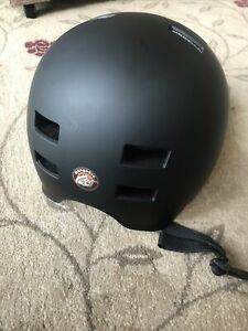 Mongoose Urban Youth/Adult Hardshell Helmet -New Few Cosmetic Marks From Storage