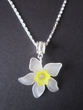 Ladies 17 inch Daffodil Necklace, Silver Plated - White & Yellow Lucite Flowers