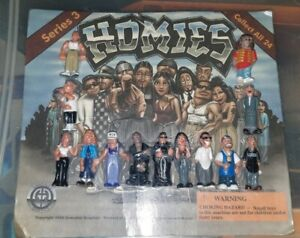 HOMIES Series 3 RARE Pack Of 13 Collectible Mini Figures 2000 Gonzales Graphics
