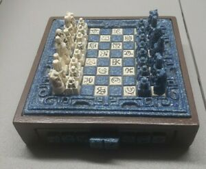 Vintage Mayan Aztec Carved Chess Set Complete Blue White w drawer for pieces
