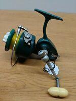 Vintage Fishing Spinning Reel PENN 710 GREENIE