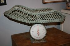 vintage antique American family Scale Company Chicago wicker basket Usa doll