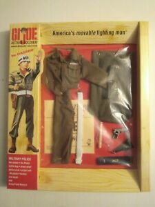 GI JOE Timeless  40th Anniversary ACTION SOLDIER Military Police Set MISP