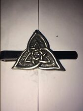 CELTIC TRIANGLE DR55 Fine English Modern Pewter on a Tie Clip (slide)