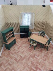 DOLLS HOUSE GREEN KITCHEN SET