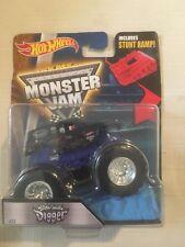 Hot Wheels Monster Jam Truck Son-Uva Digger #32 W Stunt Ramp gift toy kid