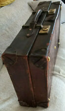 VINTAGE QUALITY BROWN LEATHER EXPANDING SUITCASE - CAR LUGGAGE -
