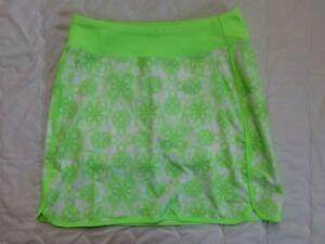 1 NWT CUTTER & BUCK ANNIKA WOMEN'S SKORT, SIZE: SMALL, COLOR: GREEN/WHITE (J153)