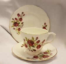 Shabby Chic DUCHESSA ROSE China Trio Set, Tea Cup, piattino & Lato Piastra Tea Party