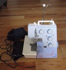BERNINA BERNETTE FUNLOCK 004 SEWING MACHINE SERGER W/ Pedal VINTAGE WORKING