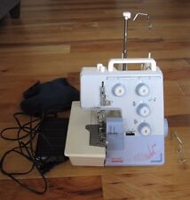 BERNINA BERNETTE FUNLOCK 004D SEWING MACHINE SERGER W/ Pedal VINTAGE WORKING