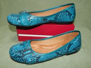 Womens size 10M Nurture blue green snake print leather slip-on loafer shoes 10 M