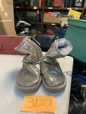 UGG SILVER SPARKLES ICONIC LOGO Boots US 7 Classic short 1018570