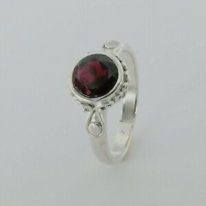 Size 6 - Genuine and Natural Red Round GARNET Ring - 925 STERLING SILVER #68