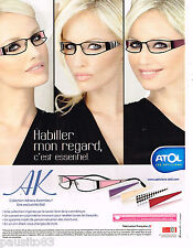 PUBLICITE ADVERTISING 065  2010  ATOL  lunettes ADRIANA KAREMBEU