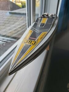 Kyosho Jet Stream 800 RC off shore Speed Boat