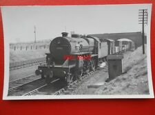 PHOTO  LMS 2-6-0 CRAB LOCO NO (4)2702