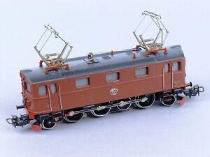 Marklin 3030 HO Scale Swedish Electric Locomotive 884